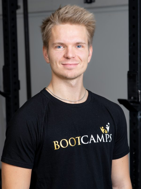 Coach Isac på Bootcamps